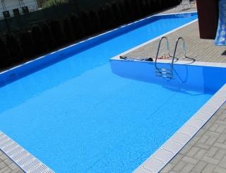 přelivoý bazén na míru